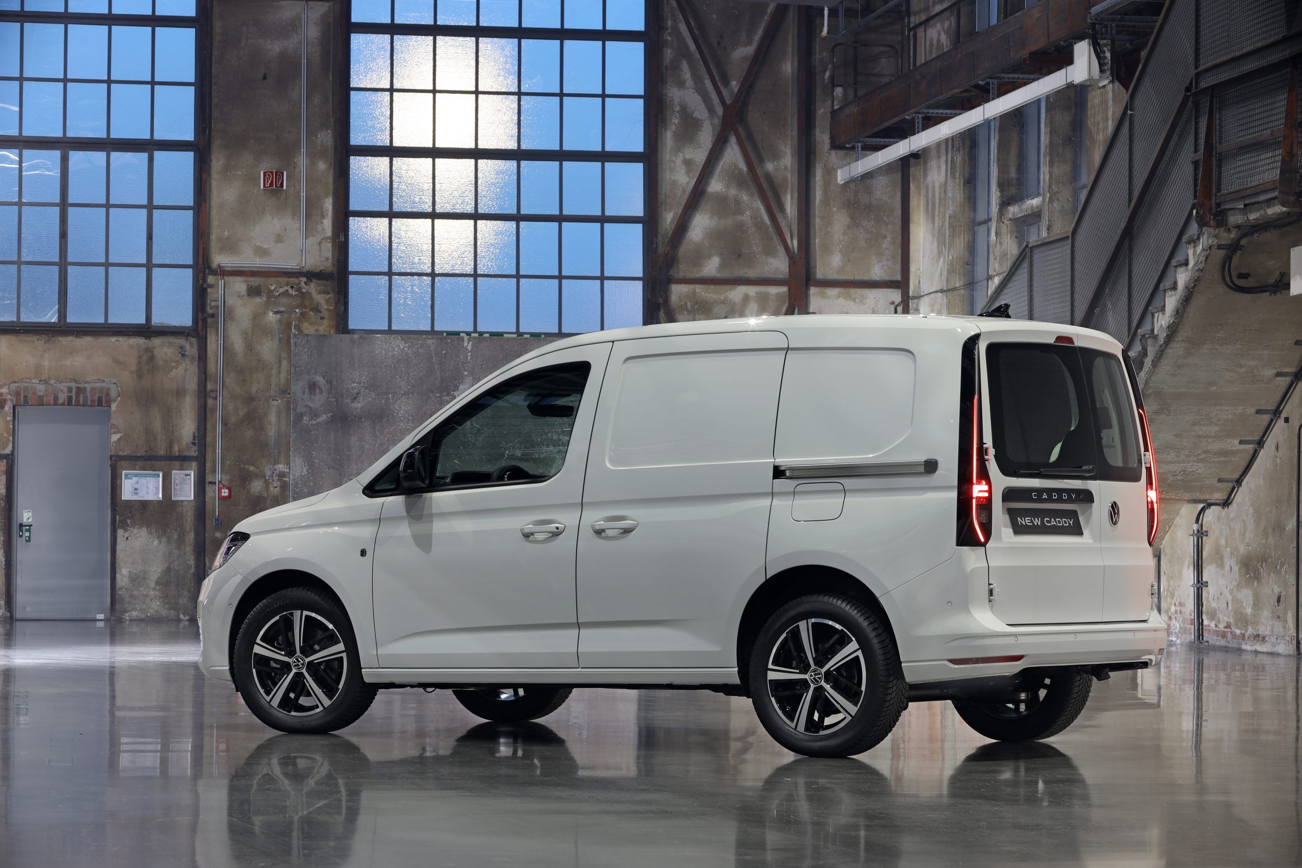 Ford Transit Connect 2022 VanGuide co uk