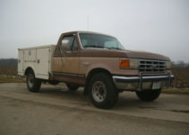 Purchase Used 1988 Ford F250 F 250 Fiberglass Service Box
